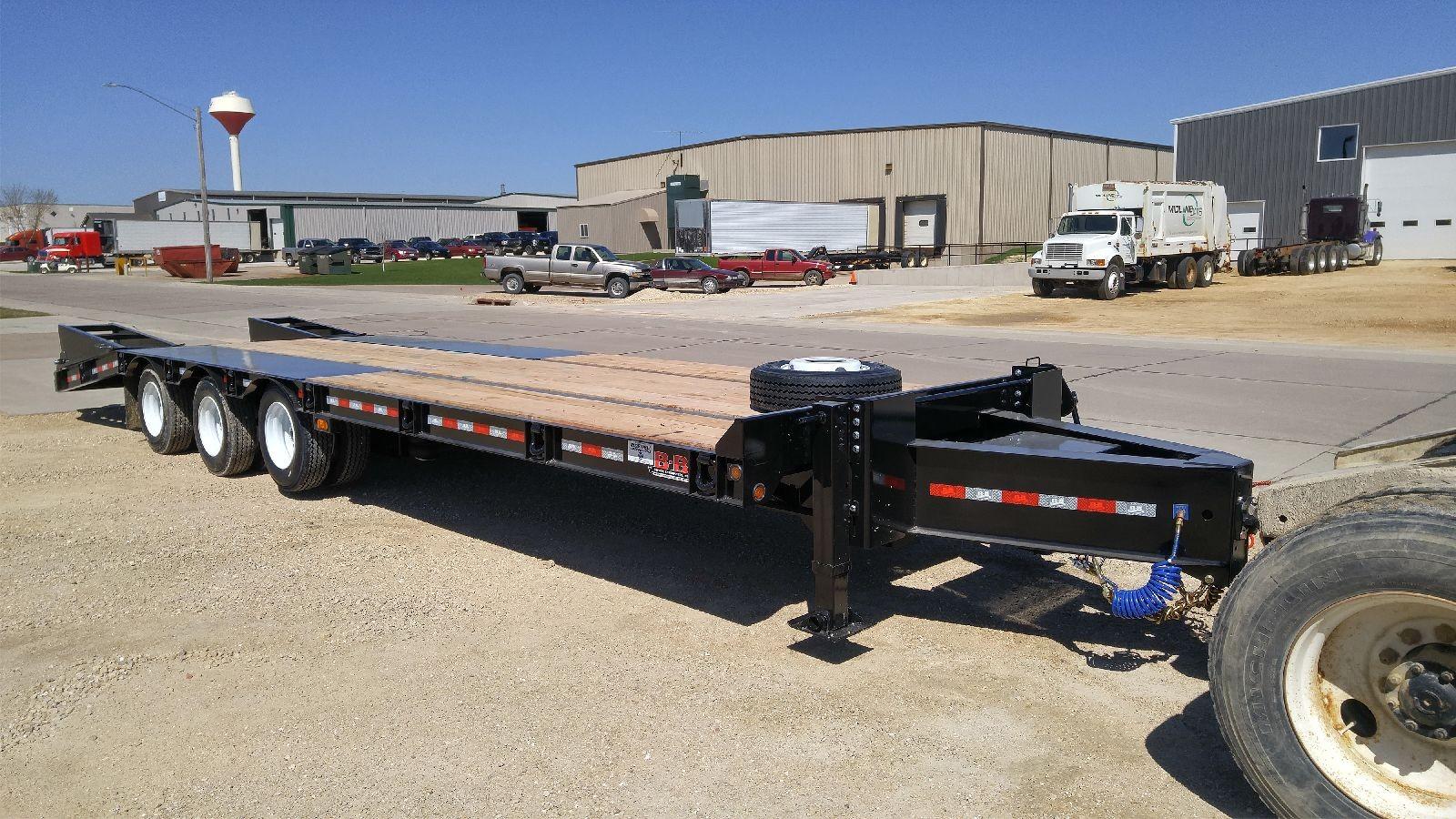 Heavy Duty Tractor Trailer : Heavy equipment flatbed trailers by behnke