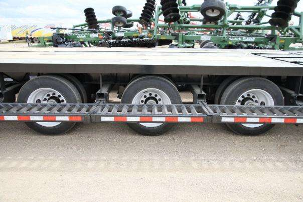 Three dual wheel 25,000 pound axles