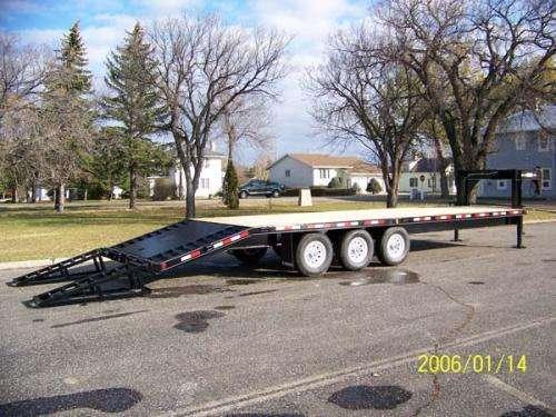 Trailtech Triple Axle Gooseneck Flat Deck