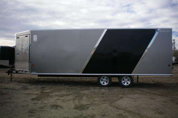 4 place snowmobile trailer with 2 tone colour (silver/black)