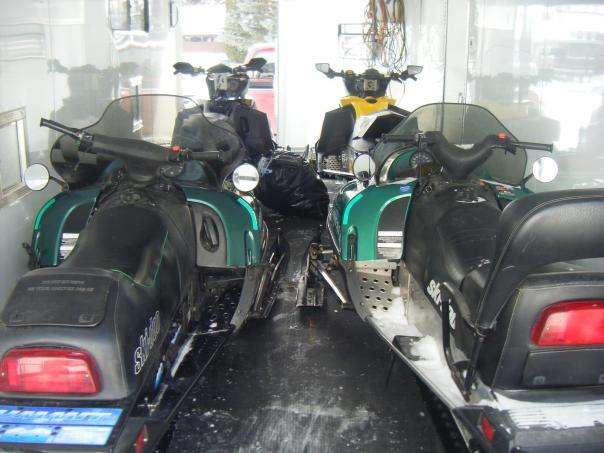 Loaded up with 4 sleds and gear