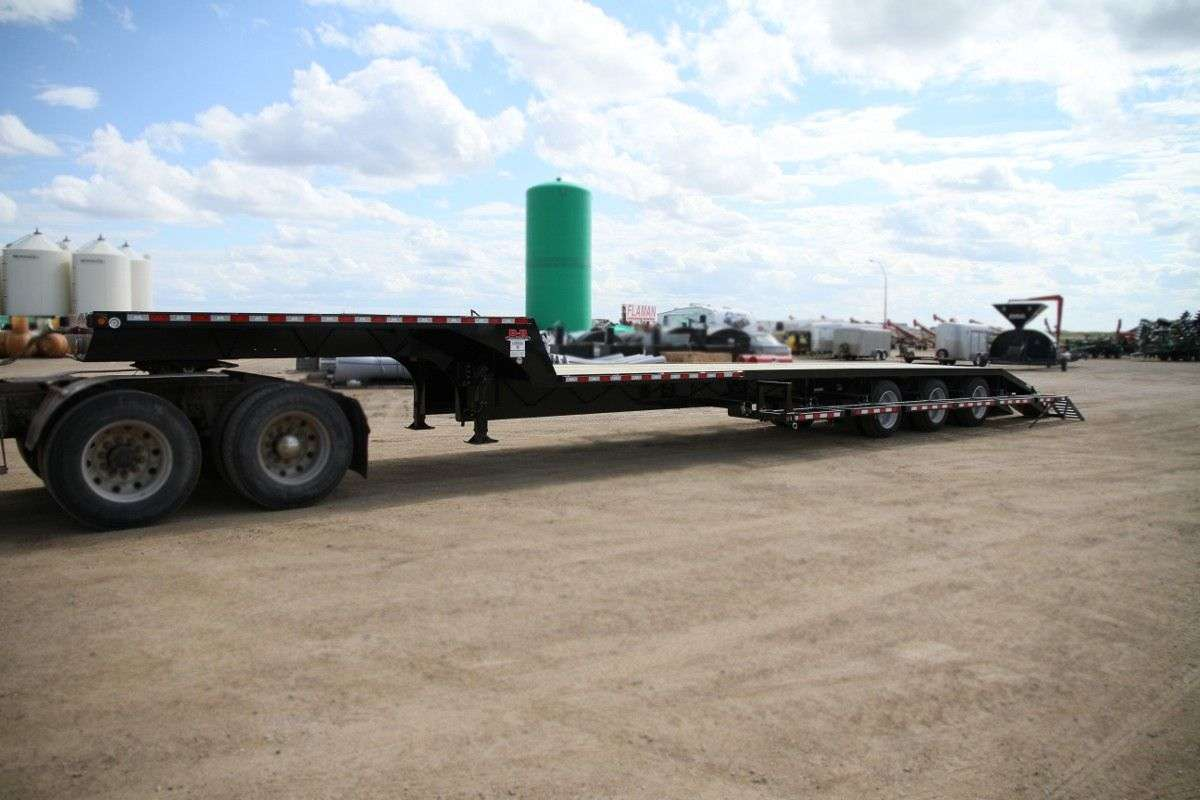 Behnke Flatbed Sprayer Trailer