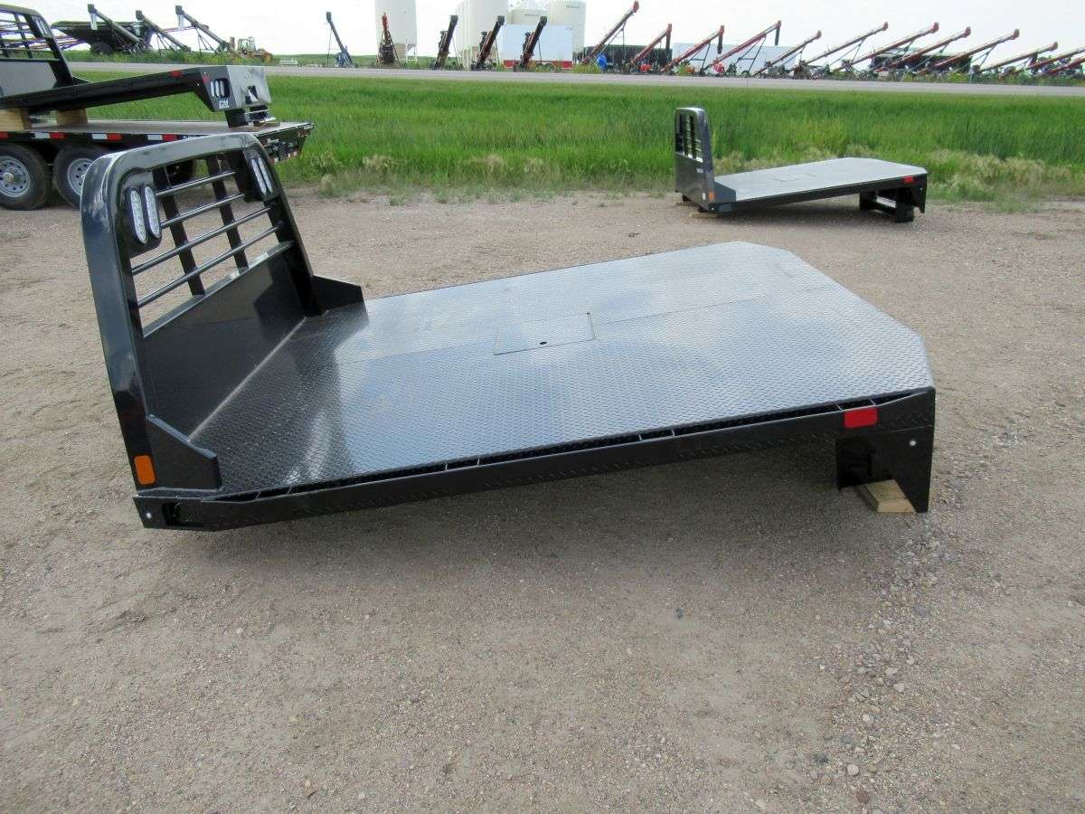 CM Truck Bed RD Model - Fits most Cabs and Chassis