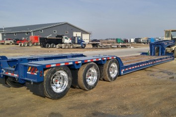 Flat Deck Trailer >> Flatbed Trailers Equipment Trailers At Flaman